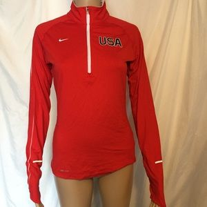 Nike Dri Fit Small Nike Element Red USA
